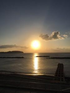 新島からの夕日