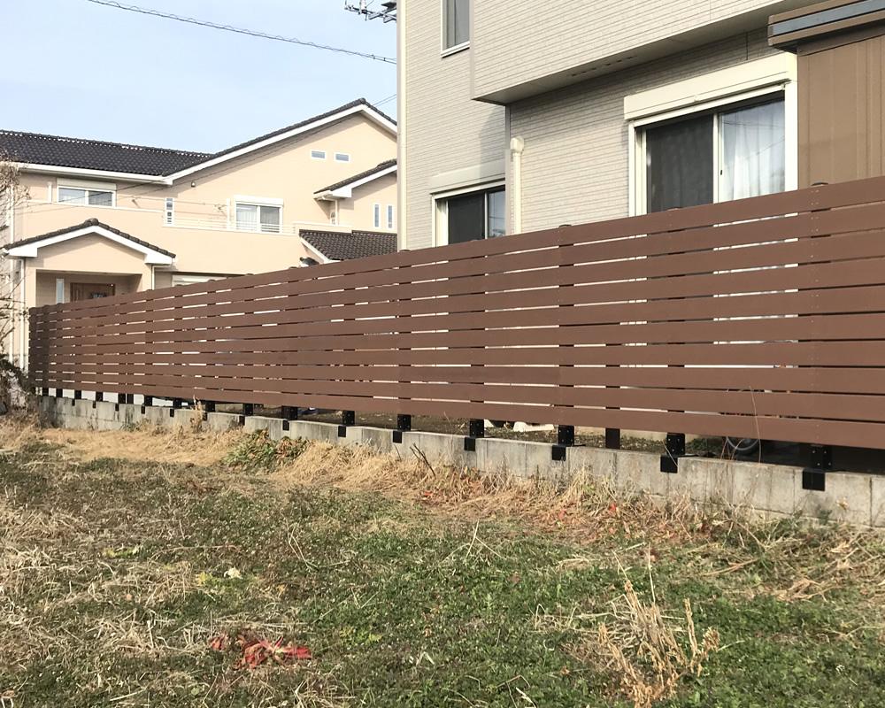 人工木ボーダーフェンスが完成しました。