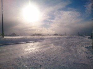太陽と地吹雪・・・