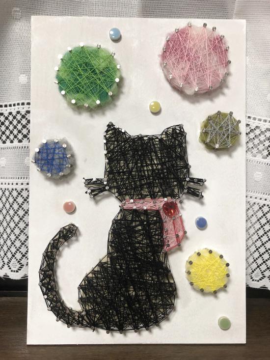 ストリングアート 猫とシャボン玉