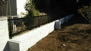 T様邸ブロックフェンス