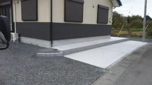 土間コンクリートとブロック積み