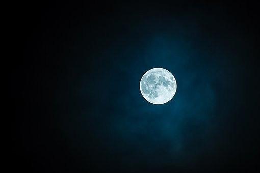 moon-1859616__340