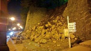 熊本城 石垣崩れ