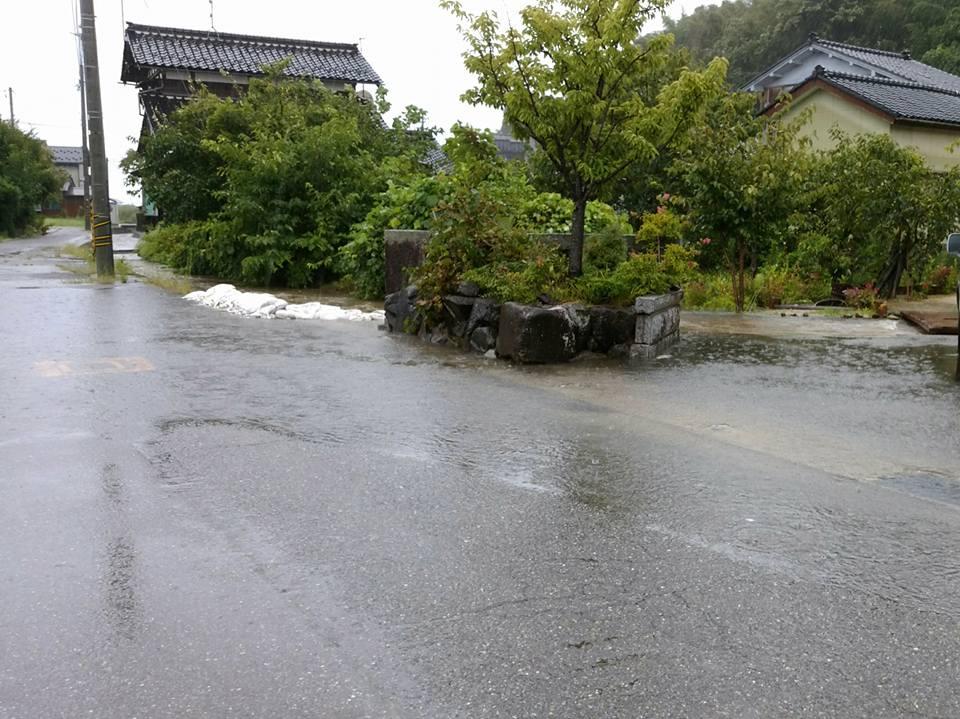 大雨30910