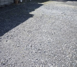 広島県で採石敷き、バラス敷き、駐車場対策は塩田剪庭園