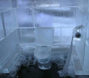 toilet-ice