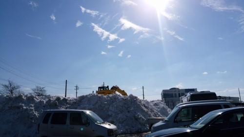 除雪された雪山
